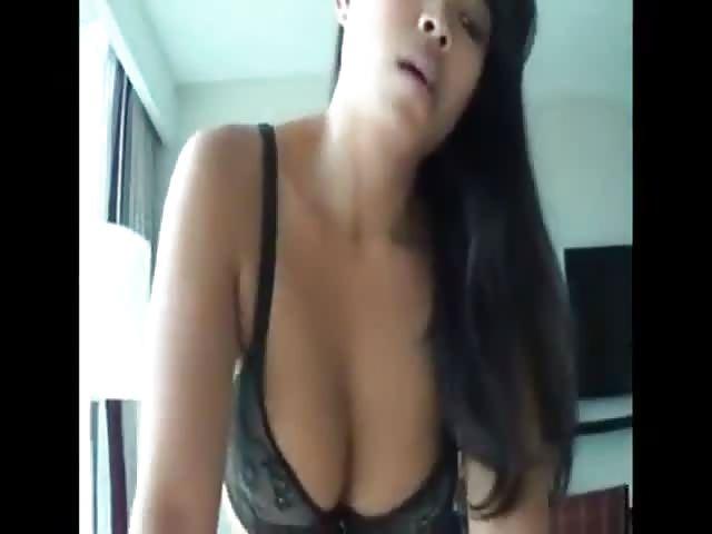 Brünette Asiatische Amateurin