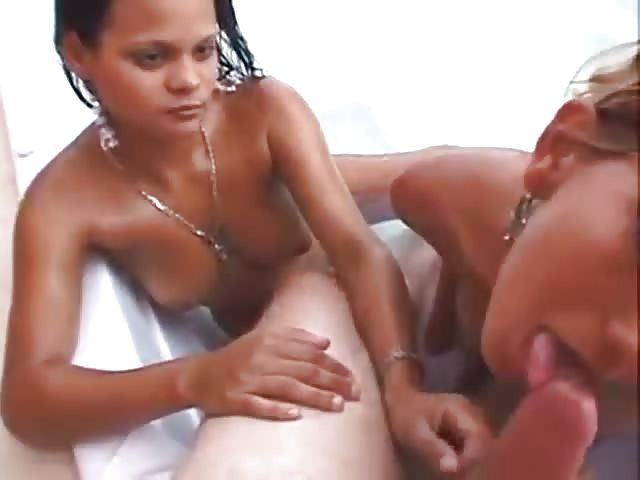 Heiße Lesben Oral