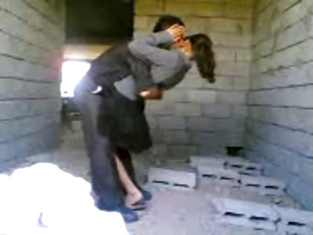 Couple indien baise dans le noir