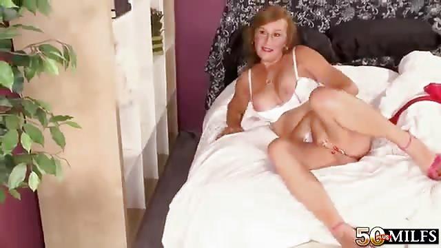 Nackte anal rasierte Mütter