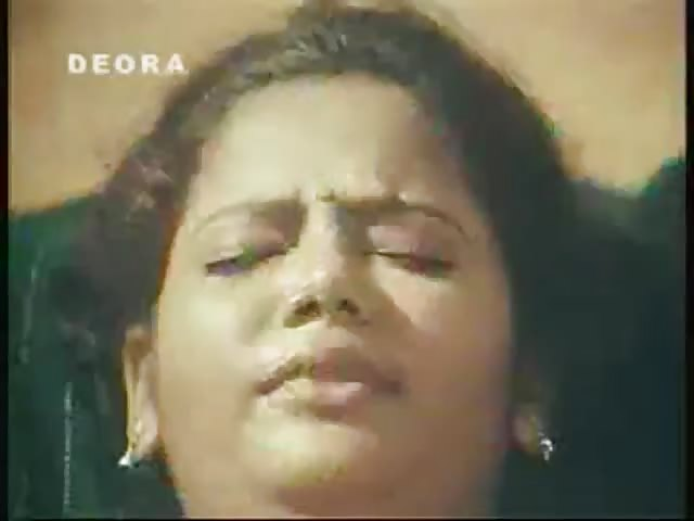 Naked picturs of esha deol showing her pussy