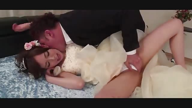 Asian Bridal Sex - Asian fucks another man on her wedding day