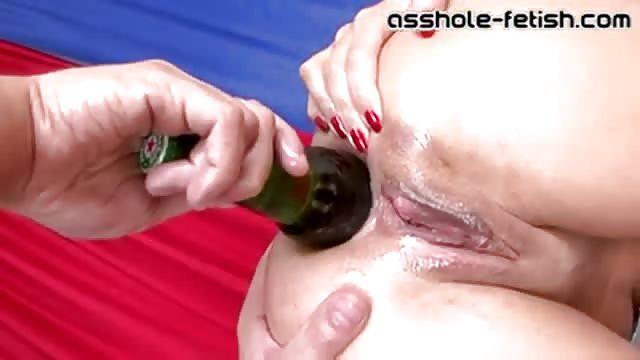 przyłapana na masturbacji porno