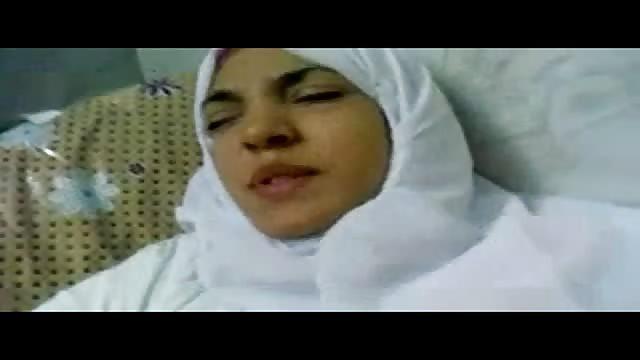 Arabian Woman - Arab woman gets ready for some hard fucking